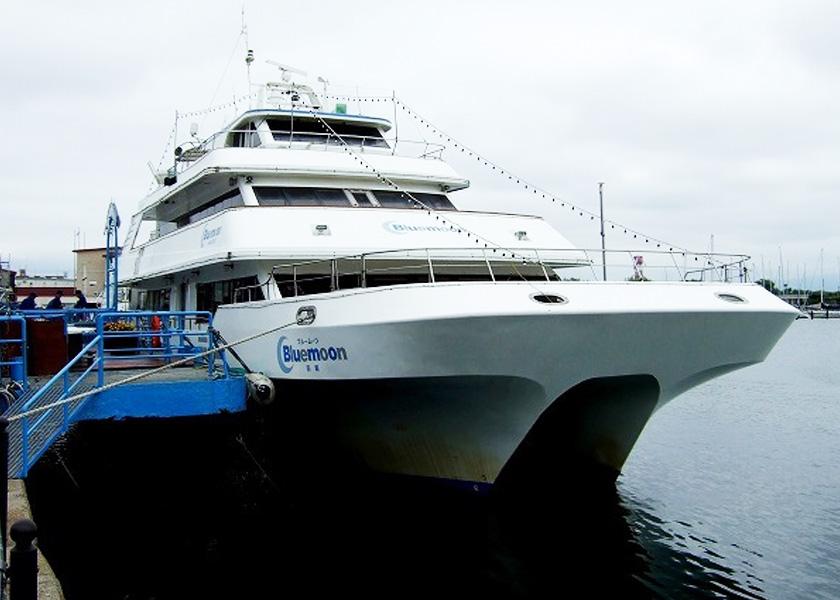 函館観光遊覧船ブルームーン|函館観光