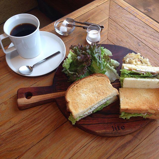 真狩 ライフ ヘアーアンドカフェ|雄大な羊蹄山が一望できる真狩のカフェ