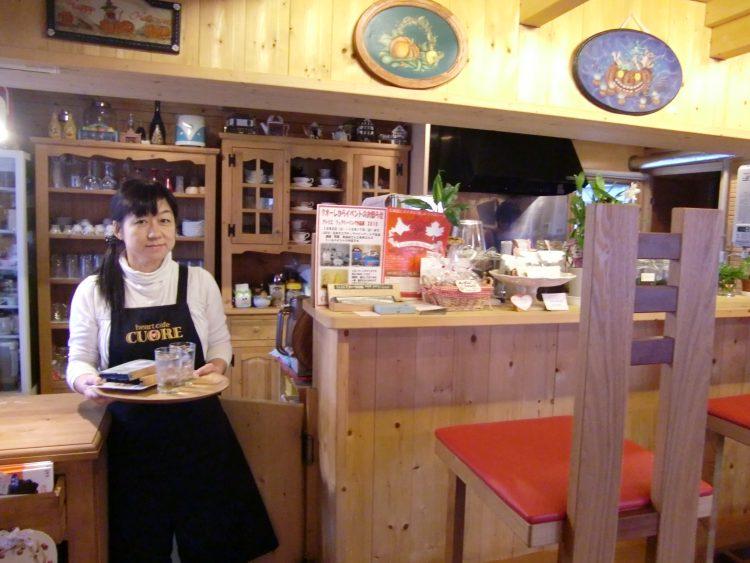 旭川のカフェ クオーレ|富良野美瑛観光